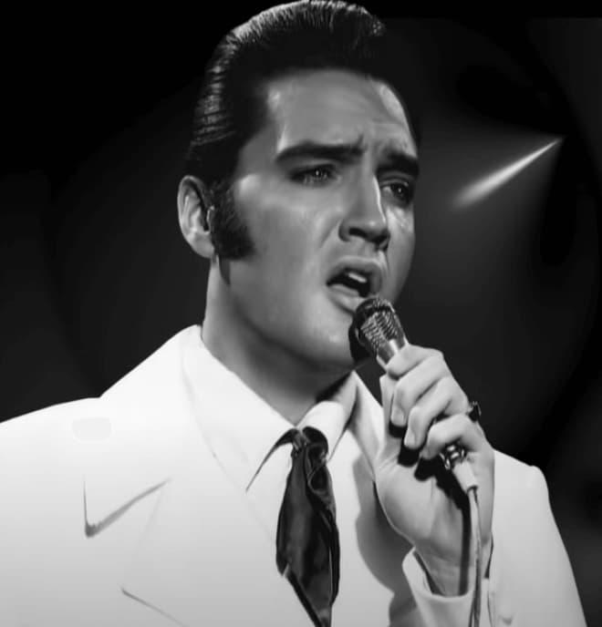 Elvis Presley Love Songs On The Guitar