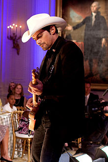 Brad Paisley Wrapped Around On The Acoustic Guitar